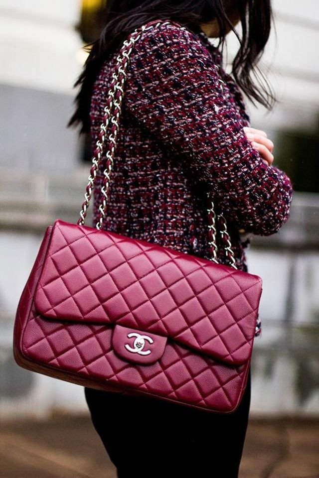 16 things you must know before buying a chanel flap bag. Black Bedroom Furniture Sets. Home Design Ideas