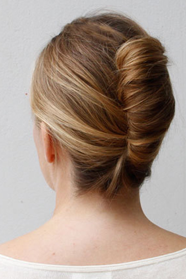 How To Make A French Twist Up Do