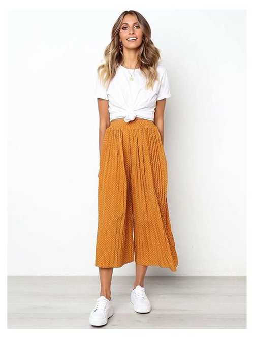 Pleated pants for rectangle body shape