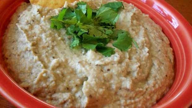 Header_image_article_main_fustany_baba_ghanouge_salad_kitchen
