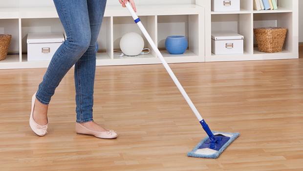 أفضل طرق تنظيف خشب الباركيه والعناية به في منزلك