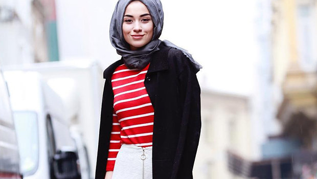 4e2d84ea70cc6 موضة Header image how to wear skirts with hijab in winter ar main image  fustany