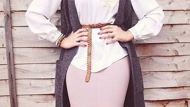 e9eb33d42fc51 موضة Header image main image fustany hijab fashion trendy ideas to wear  skirts with hijab ar