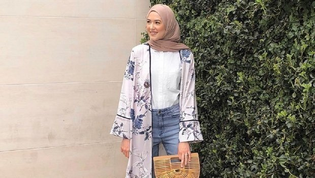 4f468efd5eec1 موضة Header image clothes you shouldn t wear with hijab at the office  fustany main image