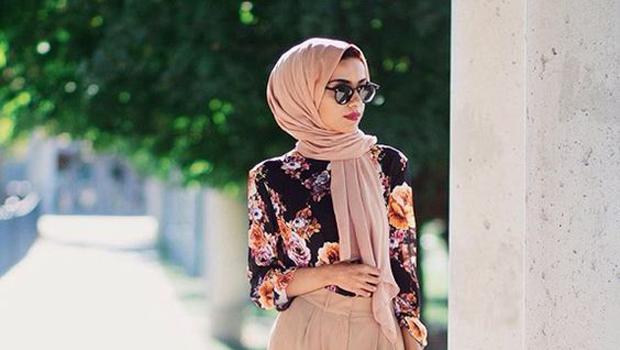 daaf72baa005e للمحجبات  تعلمي فن تنسيق ملابسك في الأوقات شديدة الحرارة