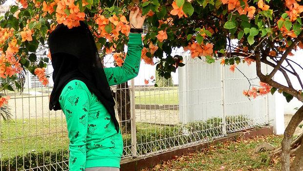 أفكار مختلفة لارتداء السويت شيرت مع الحجاب header_image_how-to-