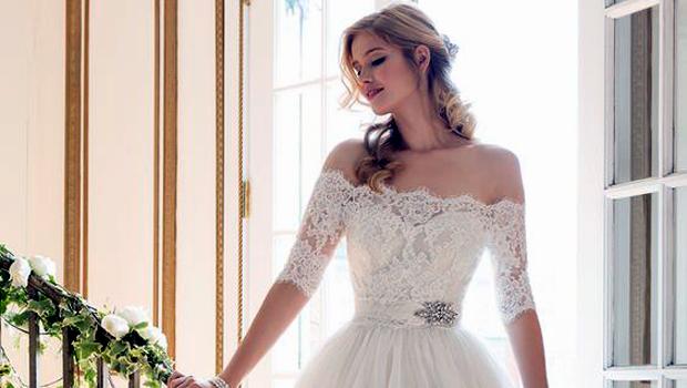ab484bf7b بالصور: أجمل فساتين زفاف قصيرة مناسبة للصيف