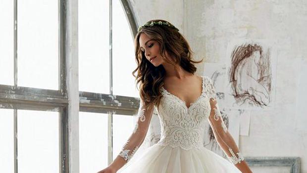 304811a3e393d لمحبي الرقة  فساتين زفاف ناعمة ستتوجك في أفضل صورة