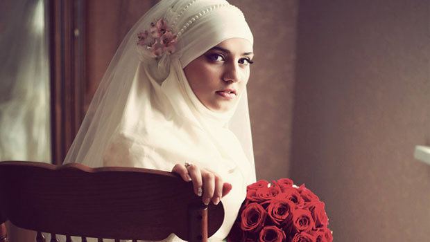 Header_image_tips-for-bridal-hijab-looks-arabiaweddings-fustany-main-image