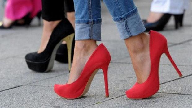 c4ddfb841 طرق مختلفة لضبط مقاس الحذاء الكبير