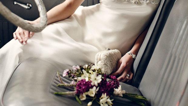 743953e58b211 أشكال أنيقة من حقيبة العروس التي بدأت تنتشر ضمن صيحات زفاف 2019