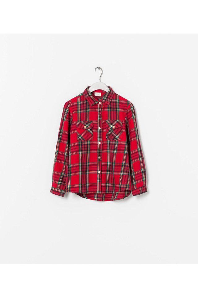 أفكار عصرية لتنسيق ملابسك مع بنتك