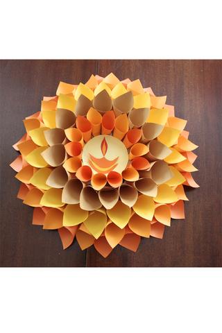 زهرة الداليا بالورق الملون: الأدوات التي سوف تحتاجينها لعمل زهرة