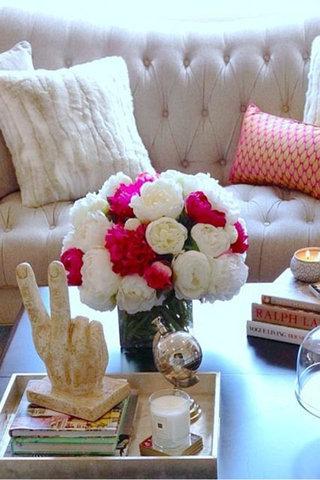 هناك عدة طرق لاستخدام الزهور في تزيين المنزل وقد قررنا