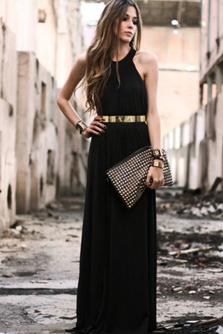 نصائح لارتداء الإكسسوارات مع الفستان الأسود