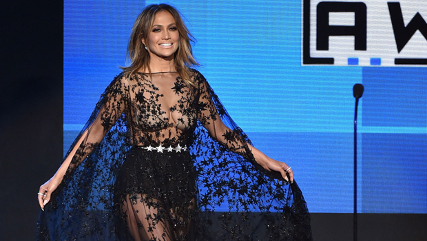 Fashion Header Image Article Main Fustany Celebrity Looks At American Music Awards 2017 Jennifer Lopez