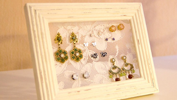 Header_image_article_main-diy_earrings_holder