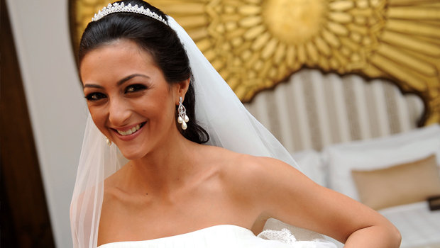 Header_image_article_main-memoirs_of_a_fashionable_bride-noura_fouad