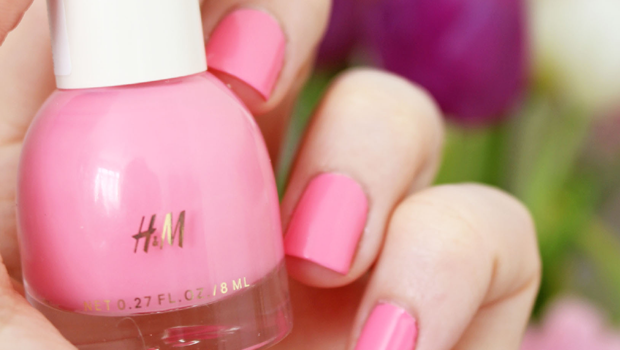 Pink Nail Polish A Pop Of Color For A Hot Summer Look
