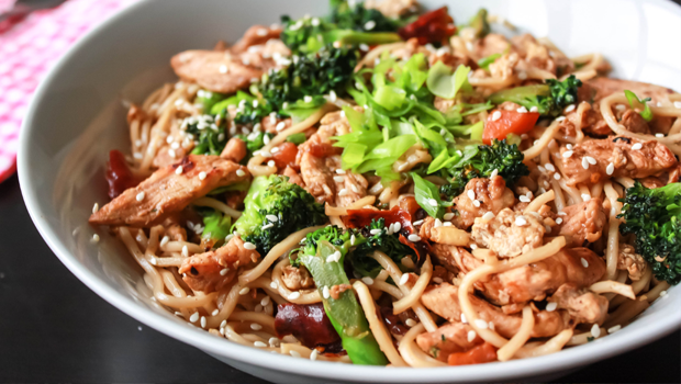 Ramadan recipes stir fried egg noodles with vegetables by nora forumfinder Gallery
