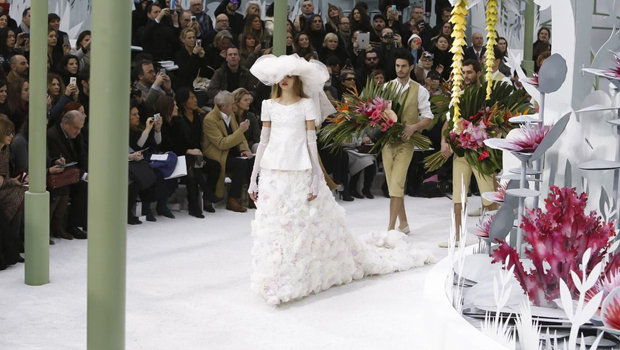 Header_image_chanel-couture-sping-summer-2015-fustany-fashion-trends-main-image