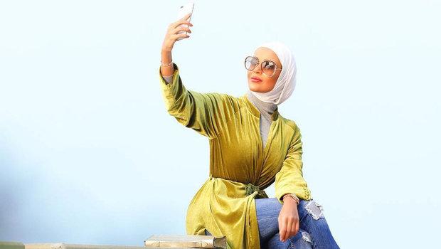 aa8ad27b Fashion Header image fustany fashion hijab velvet abayas hijabi trend for  winter 2019 mainimage