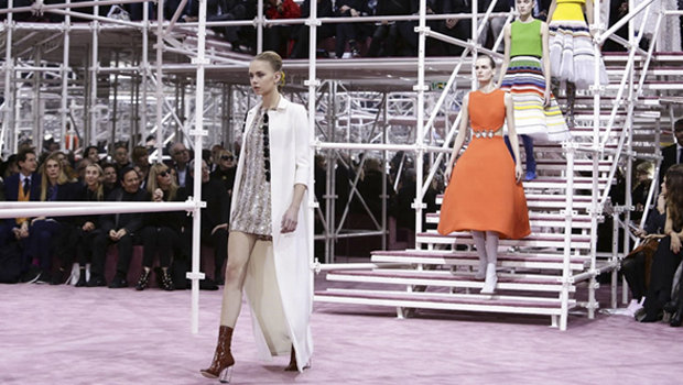 Header_image_reviewing_dior_spring-_summer_2015-fustany-fashion-trends-main-image