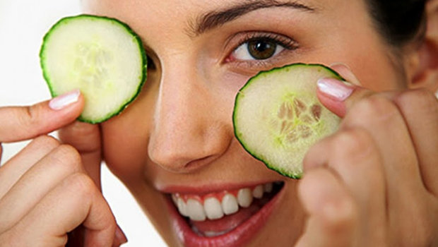 Five Natural Ways to Reduce Puffy Eyes