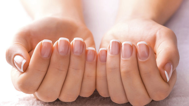 A Natural Homemade Mask That Will Make Your Weak Nails Stronger