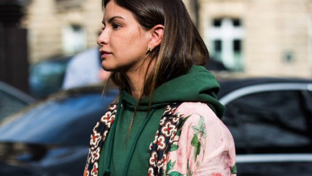 Your Street Style Guide to Wear Hoodies in a Chic Way
