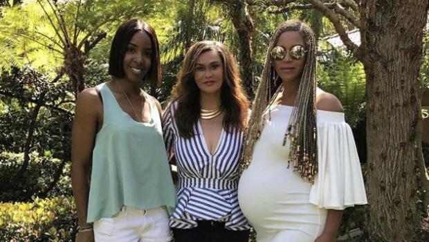4d9b1c5305f Mina Roe  A Dubai-Based Chic Maternity Brand Who Dressed Beyoncé!