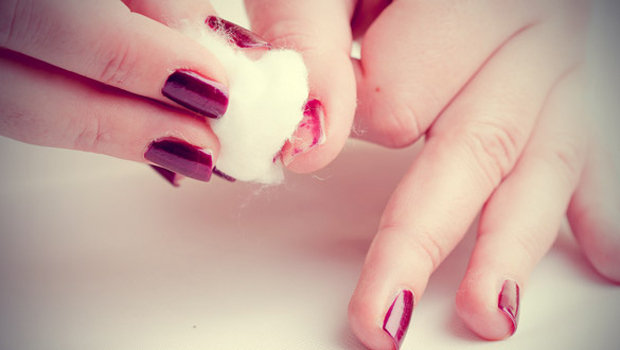 how to remove nail polish without leaving stains