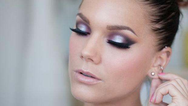 Five Basic Eye Makeup Tips For A Simple