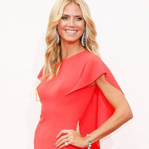 News_thumb_article_main-celebrities_in_red_dresses_at_the_2014_emmys_red_carpet