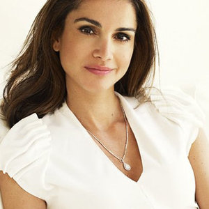 News_thumb_article_main-queen_rania_most_stylish_moments
