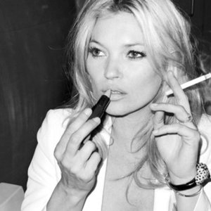 News_thumb_how-smoking-is-crushing-your-beauty-fustany-beauty-skincare-main-image