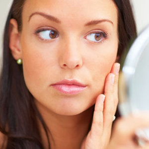 News_thumb_header_image_how-to-get-rid-of-pimple-marks-on-your-skin-naturally-fustany-main-image