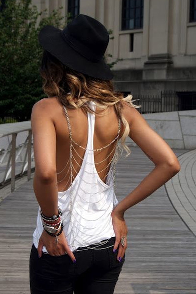 Five Different Ways to Wear Body Chains