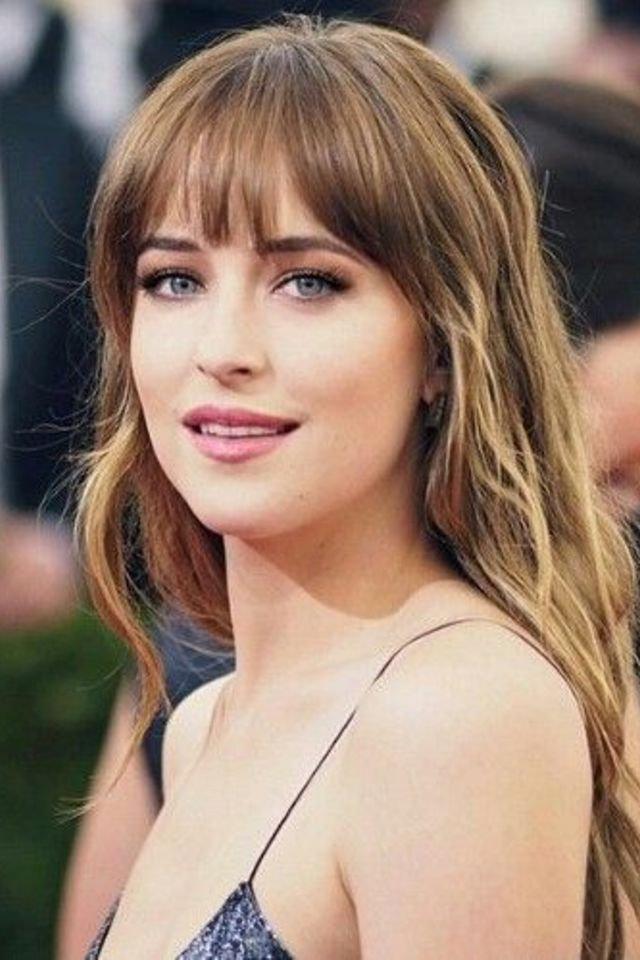16 Photos of Bangs for Long Hair to Inspire You