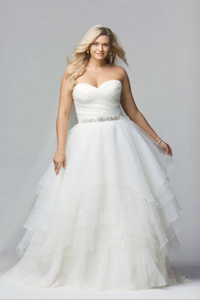 How to pick a wedding dress that hides your belly fat for Wedding dress big size