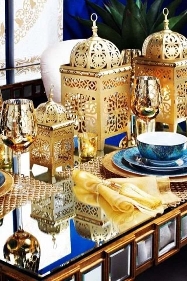 15 insanely chic ways to decorate your home with lanterns for Ramadan decorations home