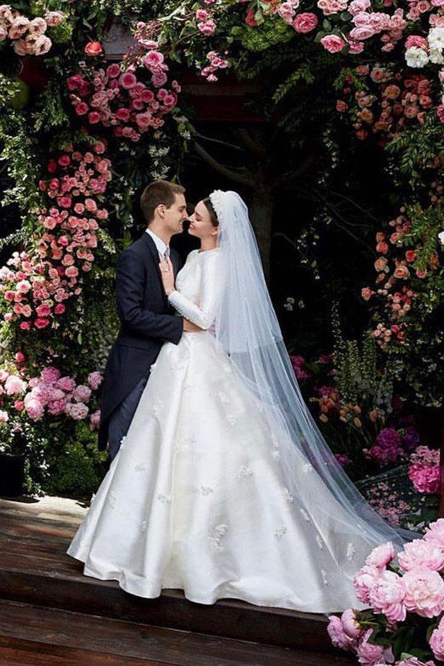 Miranda Kerr's Wedding Dress Is the Perfect Inspiration ...