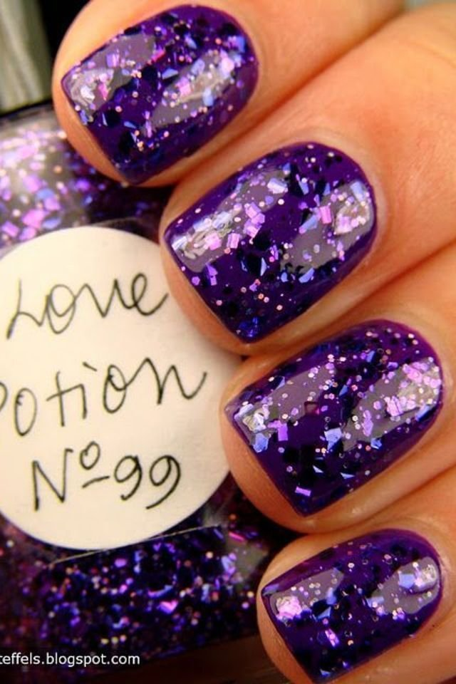 Fashion nail polish best nails 2018 15 purple nail polish designs for a very fashionable winter style nail art fashion prinsesfo Images